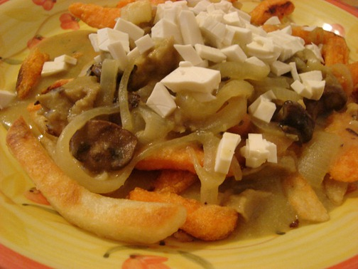 poutine-food-vegan-2537499-o