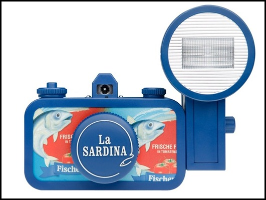la-sardina_fishers-fritze_front_with-lenscap_1