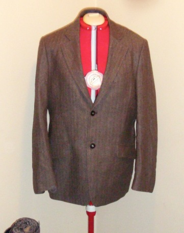 suit jacket before victoriadaytoday.com