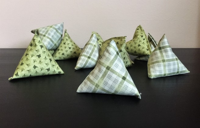 Sewing Pyramid Pattern Weights - victoriadaytoday.com