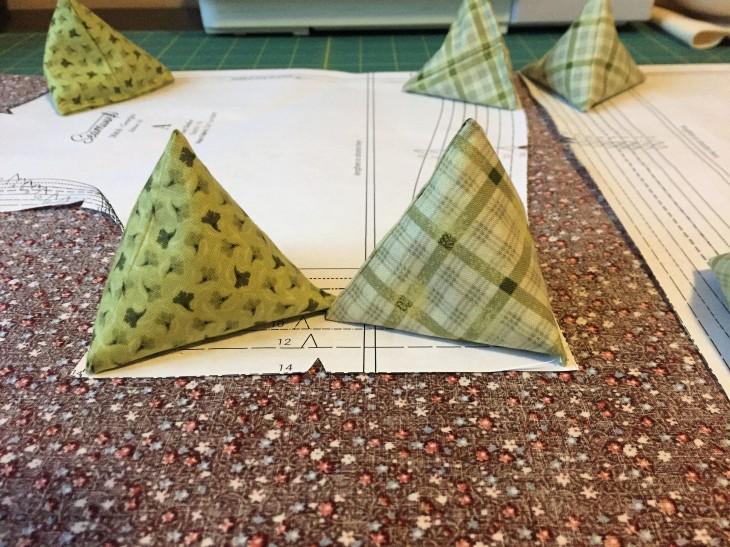 Sewing Pyramid Pattern Weights - victoriadaytoday.com